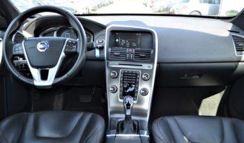 VOLVO XC60 D5 AWD full